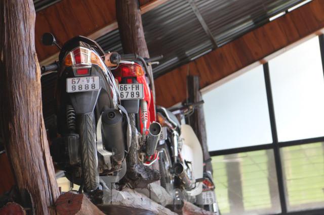 Mê mẩn bộ sưu tập 500 chiếc xe máy biển số khủng - Ảnh 9.