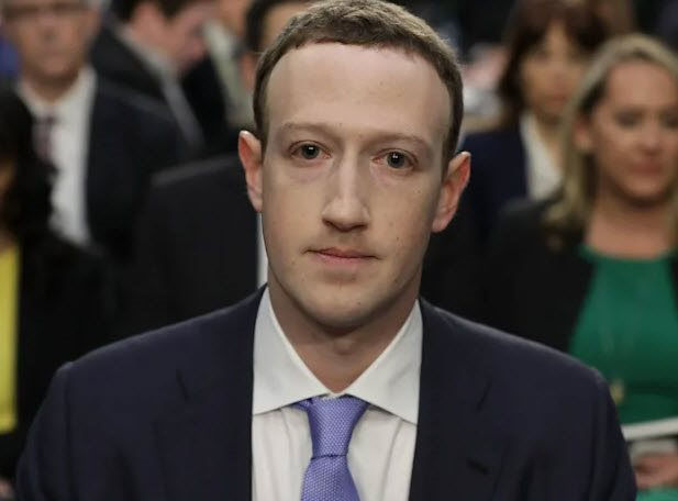 mark-zuckerberg-la-nguoi-quyen-luc-nhat-tung-buoc-di-tren-mat-dat.jpg