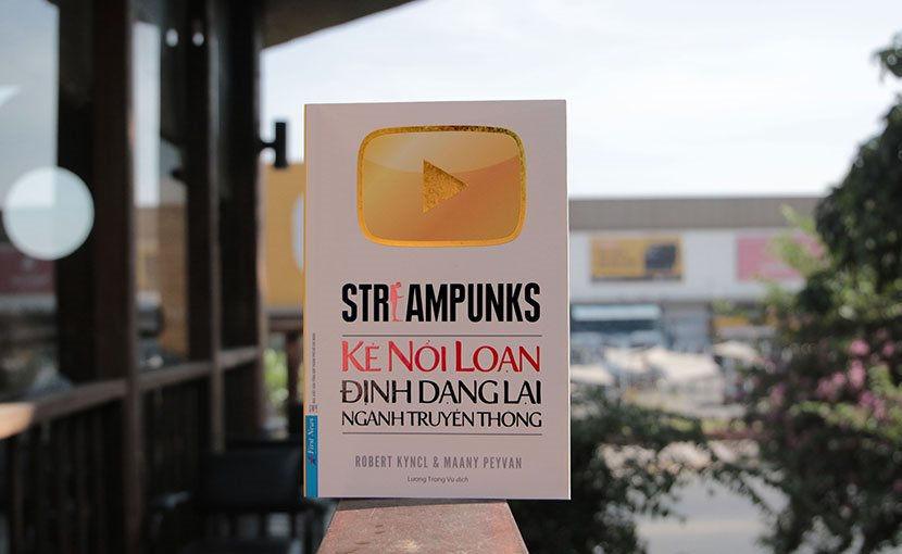 Streampunks  Kẻ nổi loạn định dạng lại ngành truyền thông - YouTube thay đổi ngành?