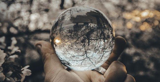 Đừng cố thay đổi thế giới, nhiệm vụ lớn nhất là thay đổi chính mình