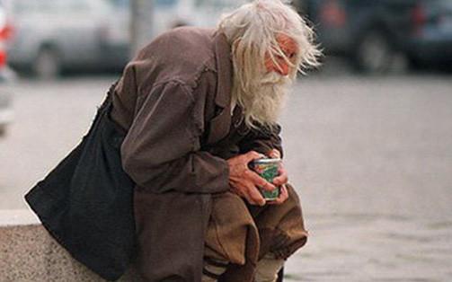 Giúp 1 người vô gia cư rồi về khoe với bố, cậu bé không ngờ bị khiển trách