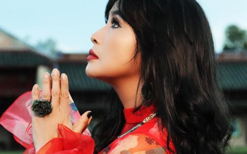 """Diva Thanh Lam: """"Phật pháp giúp tôi bớt sân si, nóng giận và biết như nào là đủ"""""""