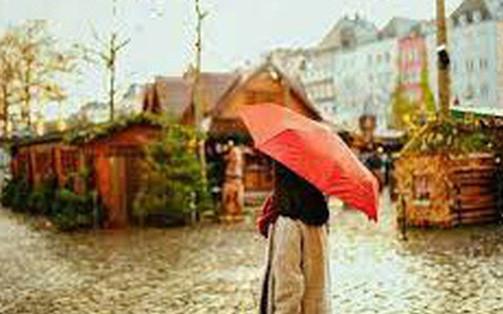 Chỉ học cách tự che ô cho mình bạn mới luôn tiến về phía trước trong cuộc đời đầy mưa gió