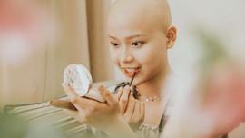 Nữ sinh vượt bạo bệnh đi thi Hoa khôi Ngoại thương:  'Tôi đẹp nhất khi tôi tự tin, kể cả khi đầu trọc!'