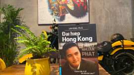 """Châu Nhuận Phát - Đại hiệp Hồng Kông: Siêu giàu, vẫn đi dép lê, ngồi xe điện, đi chợ """"cóc"""""""