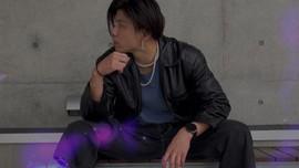 Nghị lực phi thường của chàng trai Nhật bị tai nạn phải cưa chân, trở thành stylist có hơn 900k follow trên TikTok
