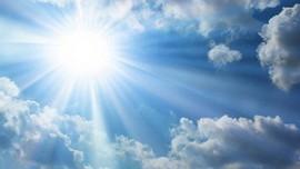 Ngày 18.9, hầu khắp các khu vực trên cả nước đều có chỉ số UV cực đại