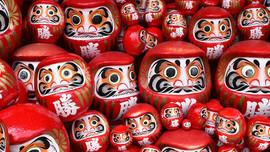 Tìm hiểu về búp bê Daruma của Nhật Bản - một loại bùa may mắn với truyền thống phong phú