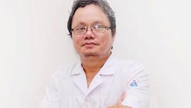 Hà Nội nới lỏng giãn cách: bác sĩ Trương Hữu Khanh chỉ cách phòng dịch khi đi làm