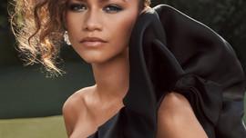 Diễn viên da màu Zendaya trở thành 'Biểu tượng thời trang Mỹ' 2021